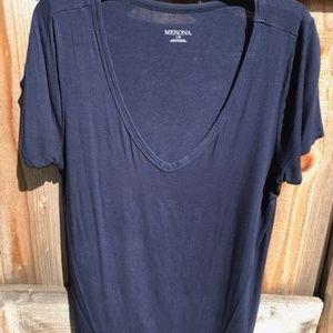 Merona, Navy Top, v-neck, short sleeve, Large